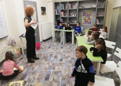 9.Ελένη Γκόρα-Εγώ η καφέ αρκούδα (εν-τάξη!)